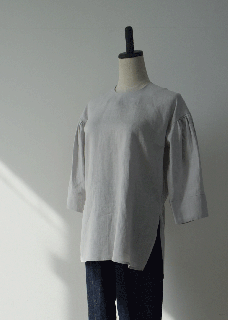 Light linen pullover shirt