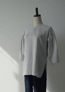 Light linen pullover shirt