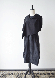 black shishu dress