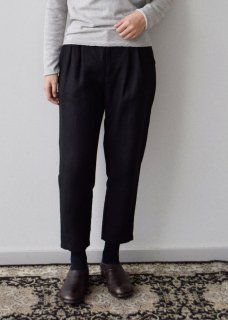 <img class='new_mark_img1' src='https://img.shop-pro.jp/img/new/icons14.gif' style='border:none;display:inline;margin:0px;padding:0px;width:auto;' />linen tuck pants