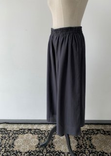 <img class='new_mark_img1' src='https://img.shop-pro.jp/img/new/icons14.gif' style='border:none;display:inline;margin:0px;padding:0px;width:auto;' />cotton silk gather pants