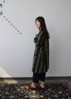 【撫菜】ナヅナ刺繍生地のノーカラーコート