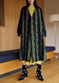 【撫菜】ナヅナ刺繍生地のコート