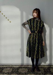 【撫菜】ナヅナ刺繍生地のゆったりワンピースドレス
