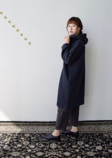 <img class='new_mark_img1' src='https://img.shop-pro.jp/img/new/icons14.gif' style='border:none;display:inline;margin:0px;padding:0px;width:auto;' />Press wool hooded coat