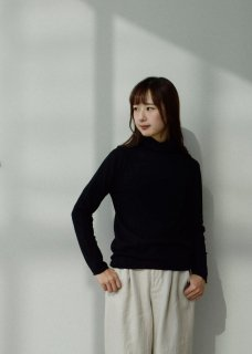<img class='new_mark_img1' src='https://img.shop-pro.jp/img/new/icons14.gif' style='border:none;display:inline;margin:0px;padding:0px;width:auto;' />cotton cashmere turtleneck