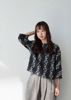 【撫菜】ナヅナ刺繍生地のプルオーバー