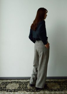 wool wide tuck pants