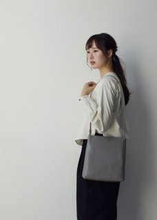shoulder bag(シボあり)