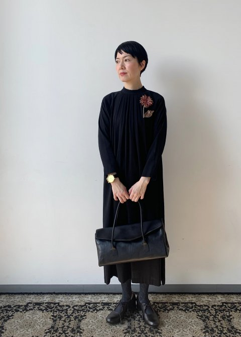 <img class='new_mark_img1' src='https://img.shop-pro.jp/img/new/icons14.gif' style='border:none;display:inline;margin:0px;padding:0px;width:auto;' />cotton double stand collar OP