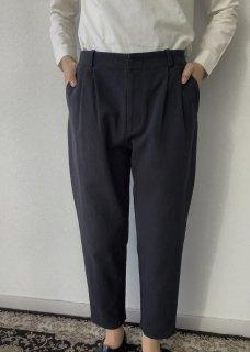 cotton tuck pants