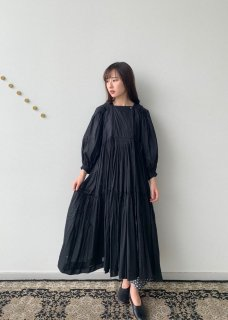 <img class='new_mark_img1' src='https://img.shop-pro.jp/img/new/icons14.gif' style='border:none;display:inline;margin:0px;padding:0px;width:auto;' />Artisan dress(Khadi cotton)