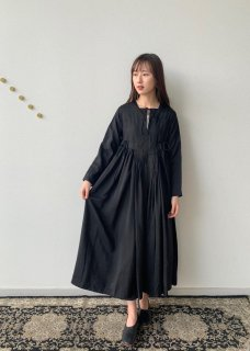 <img class='new_mark_img1' src='https://img.shop-pro.jp/img/new/icons14.gif' style='border:none;display:inline;margin:0px;padding:0px;width:auto;' />Artisan dress (silk)