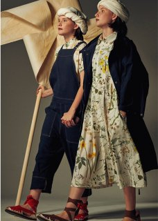 peasant dress / weeds print
