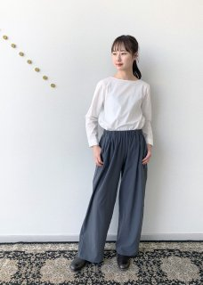 <img class='new_mark_img1' src='https://img.shop-pro.jp/img/new/icons14.gif' style='border:none;display:inline;margin:0px;padding:0px;width:auto;' />cotton double gather pants