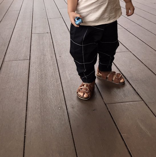 <img class='new_mark_img1' src='//img.shop-pro.jp/img/new/icons34.gif' style='border:none;display:inline;margin:0px;padding:0px;width:auto;' />【tree house】FRIDO fitted trousers+checkd stitching/black+ivory