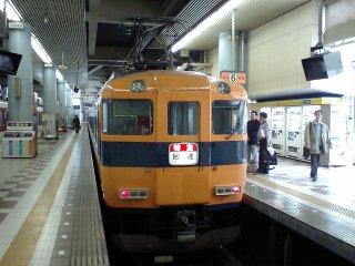 近鉄12400系更新型