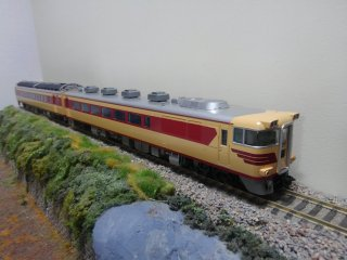 HO-9032 国鉄ディーゼルカーキハ181系4両基本セット