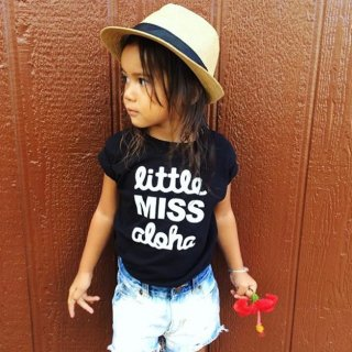 <img class='new_mark_img1' src='https://img.shop-pro.jp/img/new/icons22.gif' style='border:none;display:inline;margin:0px;padding:0px;width:auto;' />little MISS aloha キッズ Tシャツ