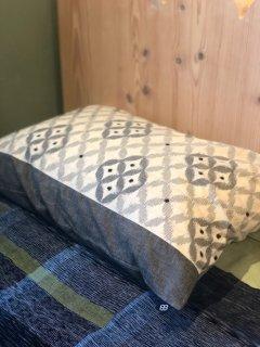 枕カバー七宝菱形白