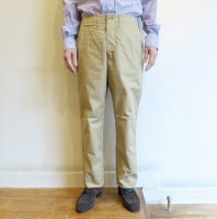 <img class='new_mark_img1' src='//img.shop-pro.jp/img/new/icons56.gif' style='border:none;display:inline;margin:0px;padding:0px;width:auto;' />*A VONTADE    Classic  Chino Trousers  -  Regular Fit  (BEIGE)