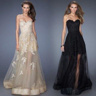 カジュアルなウェディングドレスや二次会ドレスにも ベアトップのフルレングスパーティードレス
