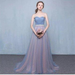 お色直しとしてもお使いいただける美しいシンプルロングドレス