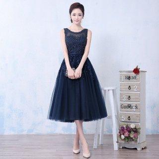たっぷりビーズ刺繍 ネイビーカラーの可愛いミモレ丈ドレス