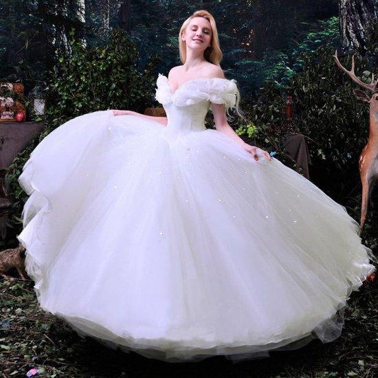 cf021470c260a 大人シンプルなプリンセスライン 蝶々モチーフのウェディングドレス 前撮り後撮り - 韓国プチプラパーティードレス通販『TENDERLY DRESS』
