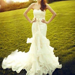 ビスチェがキュートなラッフルフリルマーメイドライン ウェディングドレス/前撮り後撮り
