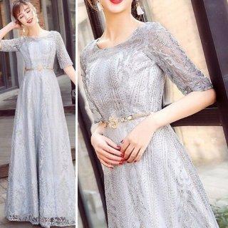 バックコンシャスなシルバーラメ五分袖ロングドレス
