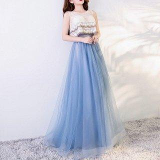 キュートで個性的 スタイルアップロングドレス