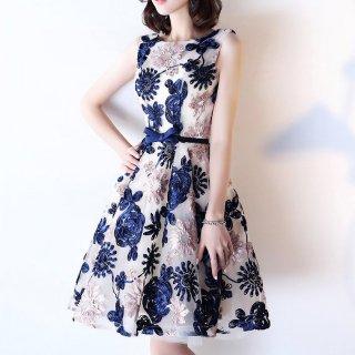 個性的なバイカラーフラワーコード刺繍 膝丈ドレス
