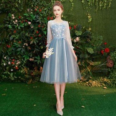 結婚式やブライズメイドに フェアリーなチュールシフォン 長袖ミモレ丈ドレス