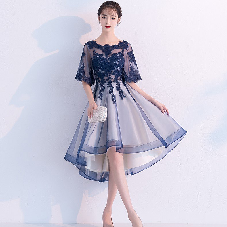 結婚式や発表会に 透け感チュールと花柄刺繍レースがかわいいフィッシュテールドレス