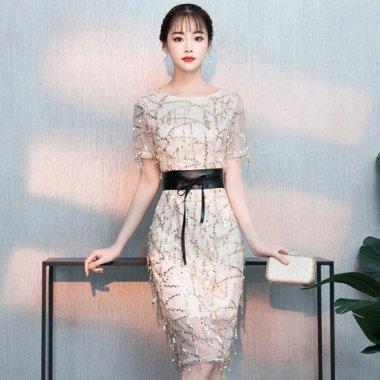 結婚式や二次会に スパンコールの総柄が華やかな太ベルト付き膝丈袖ありドレス 3色