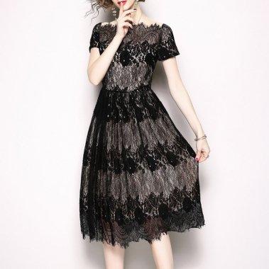 結婚式や二次会に バイカラーの総レースがおしゃれなオフショル風半袖ドレス ワンピース