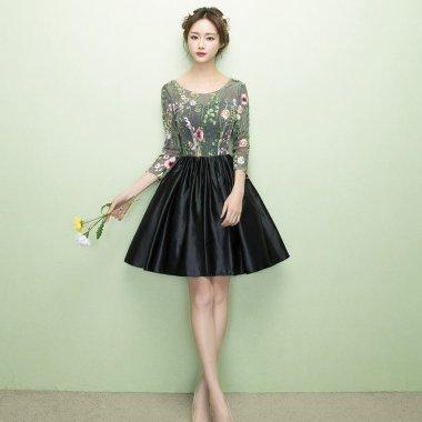 人気の海外デザイン ボタニカル柄刺繍がおしゃれな袖ありフレアワンピース ドレス