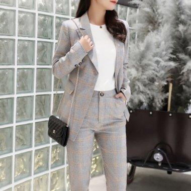 卒入園式やフォーマルにおすすめ タイトな美シルエットのチェック柄パンツセットアップ 2色 スーツ