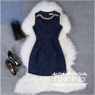 襟元ビジュー飾り★タイトなラインが大人セクシーなミニドレスワンピース 紺色