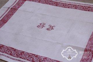 フランス直輸入♪Antique Linen (Red Line) アルファベット刺繍