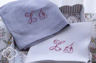 フランス直輸入♪Antique Linen アルファベット刺繍(RED)