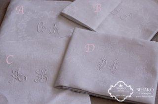 フランス直輸入♪Antique Linen アルファベット刺繍(WHITE)