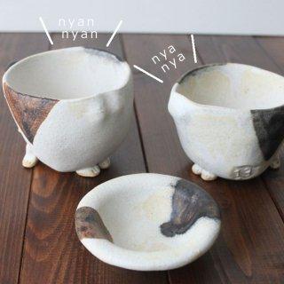 猫の集会2-三毛猫マグカップ&豆皿セット