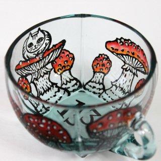 キノコと猫シリーズ・ティーカップ/香箱座りの猫とキノコ
