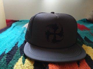 SUGI-MANJI/NFKFFNFK MESH CAP CHARCOAL