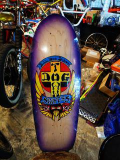 DOGTOWN HAND-SPRAYED BY REDDOG BULLDOG LTD   10