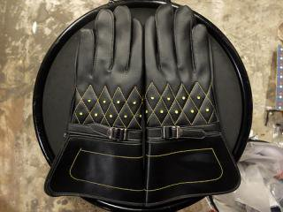 60's MOTORCYCLE GLOVES DIAMOND PATTERN YELLOW