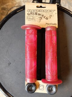 ODYSSEY GRISWALD GRIPS STRAWBERRY