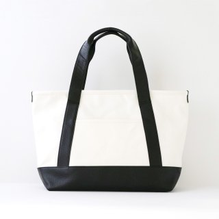 TOTE BAG (Mサイズ / ホワイト)<img class='new_mark_img2' src='https://img.shop-pro.jp/img/new/icons5.gif' style='border:none;display:inline;margin:0px;padding:0px;width:auto;' />